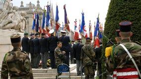 Veteranos en Place de la Republique con las banderas Fotografía de archivo libre de regalías