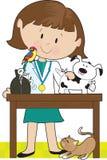Veterinário e animais de estimação da mulher Fotografia de Stock