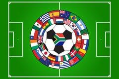 Vetor da esfera e do campo de futebol com bandeiras Foto de Stock Royalty Free