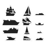 Vetor da silhueta do navio e dos barcos Foto de Stock