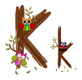Vetor de madeira da coruja da letra K Imagens de Stock