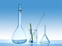 Vetreria per laboratorio chimica Immagini Stock Libere da Diritti