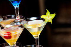 Vetri con la bevanda del cocktail Fotografie Stock