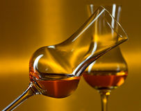 Vetri con liquore fotografie stock libere da diritti
