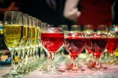 Vetri del vino del vino e del champagne Fotografia Stock Libera da Diritti