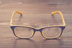 Vetri dell'occhio con la montatura per occhiali di plastica Immagini Stock Libere da Diritti