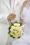Vetri di cerimonia nuziale con champagne Fotografia Stock Libera da Diritti