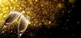 Vetri di champagne con effetto del bokeh Fotografia Stock Libera da Diritti