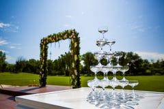 Vetri di Champagne di nozze Fotografie Stock Libere da Diritti