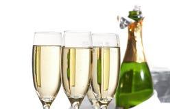 Vetri di champagne, regali Fotografia Stock