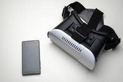 Vetri di realtà virtuale su un fondo bianco fotografia stock libera da diritti