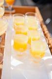 Vetri di succo d'arancia Immagini Stock