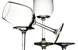 Vetri di vino bianco vuoti fotografia stock libera da diritti