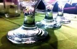 Vetri di vino giù sotto Fotografie Stock