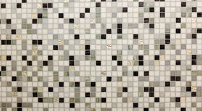 Vetro brillante astratto delle mattonelle di pavimentazione nella struttura bianca del fondo di Grey Mosaic Square Seamless Patte Fotografia Stock