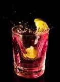 Vetro con acqua ed il limone Fotografia Stock