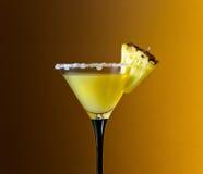 Vetro con il cocktail immagine stock