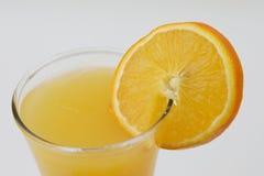 Vetro del succo di arancia Fotografie Stock Libere da Diritti