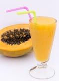 Vetro del succo di papaia su bianco Il Perù contenuto immagine Fotografie Stock Libere da Diritti
