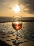 Vetro del vino di Rosa Fotografia Stock Libera da Diritti