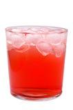 Vetro della bevanda rossa con ghiaccio Immagini Stock Libere da Diritti