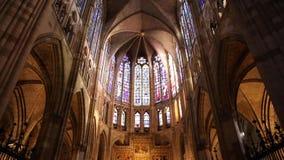 Vetro della macchia di Santa Maria Cathedral a Leon stock footage