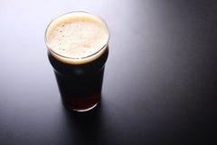 Vetro della pinta di birra immagine stock libera da diritti