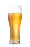 Vetro di birra isolato con il percorso di residuo della potatura meccanica incluso Fotografia Stock Libera da Diritti