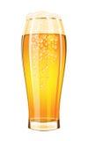 Vetro di birra su un fondo bianco Fotografie Stock Libere da Diritti