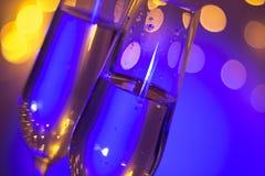 Vetro di Champagne nella barra del partito di discoteca Fotografia Stock