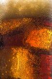 Vetro di cola con ghiaccio Immagini Stock