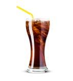 Vetro di cola con ghiaccio su fondo bianco Fotografia Stock Libera da Diritti