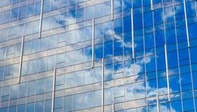 Vetro di costruzione moderno Fotografia Stock Libera da Diritti