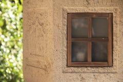 Vetro di finestra della lampada del giardino fotografie stock