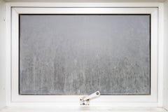 Vetro di finestra della pagina opaco con alluminio bianco Immagini Stock Libere da Diritti