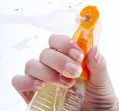 Vetro di pulizia Fotografie Stock Libere da Diritti