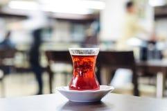 Vetro di tè turco Fotografie Stock