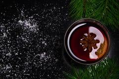 Vetro di vino sciupato Fotografie Stock Libere da Diritti