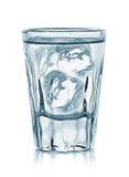 Vetro di vodka isolato su bianco Immagini Stock