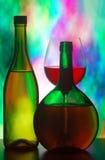 Vetro e bottiglie di vino Fotografia Stock Libera da Diritti