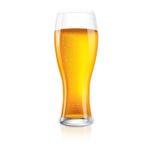 Vetro isolato eccellente di birra con le gocce. Immagini Stock
