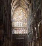 Vetro macchiato in cattedrale Fotografia Stock Libera da Diritti