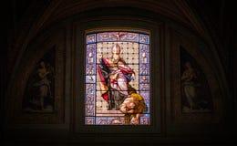 Vetro macchiato nella chiesa del ` Agostino di Sant a Roma, Italia fotografia stock libera da diritti