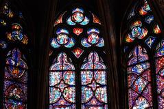 Vetro macchiato in Sainte Chapelle Parigi Immagine Stock Libera da Diritti