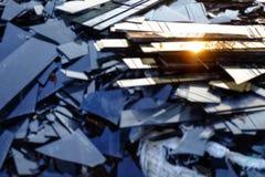 Vetro rotto, mucchio dei frammenti dello specchio, specchio nero tagliato a rec fotografia stock libera da diritti