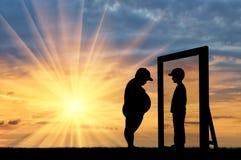 Vette jongen en zijn gedachtengang in spiegel van een normale jongen stock illustratie