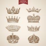 Vettore d'annata della corona di re retro dell'icona del lineart stabilito reale dell'incisione royalty illustrazione gratis
