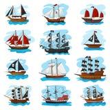 Vettore della nave di Piratic che rapina la barca a vela della nave della barca e l'insieme piratesco potente del marinaio dell'i royalty illustrazione gratis