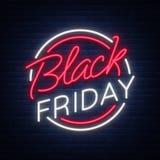 Vettore di Black Friday, insegna del manifesto nello stile al neon Sconti luminosi di Black Friday di vendite del segno Fotografia Stock Libera da Diritti