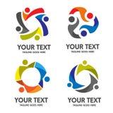 Vettore di logo della comunità della gente royalty illustrazione gratis
